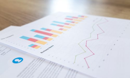 Difference between HR reporting and Analytics