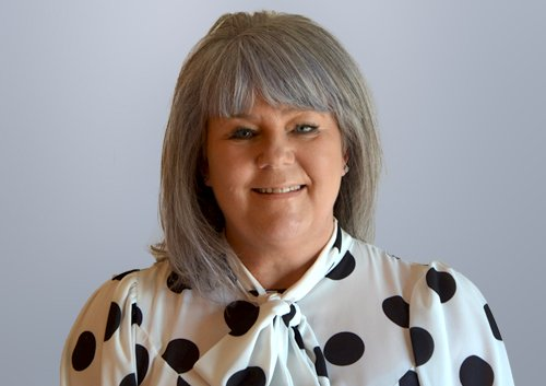 Sandra Cooper, PA to the CEO, Silver Cloud